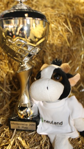 Lucky von Neuland-Medien beim Affentenniscup